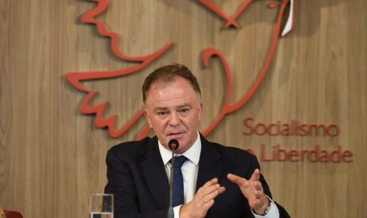 Renato Casagrande e o desafio de passar ileso por 2020