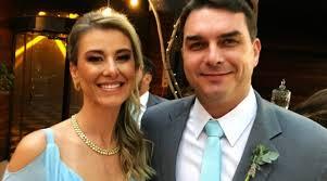 MP intima Flávio Bolsonaro e a mulher para depoimento sobre 'rachadinha'