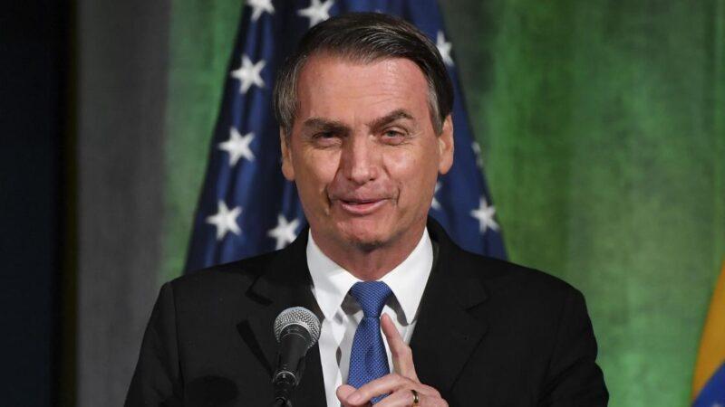 Pesquisa aponta Bolsonaro como favorito nas eleições de 2022