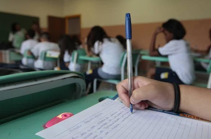 Ales: Justiça aprova projetos de lei na área da educação