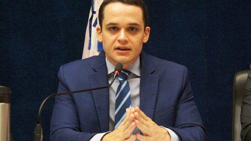 Pazolini exonera quase todos os servidores comissionados da Prefeitura de Vitória