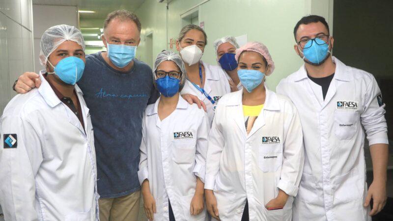 Renato Casagrande recebe segunda dose da vacina contra a Covid-19