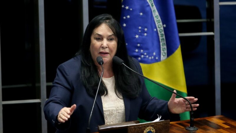 Vereador de Vitória anuncia em Plenário a operação contra Rose de Freitas