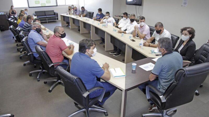 Prefeito e vereadores da Serra realizam reunião para planejamento do município