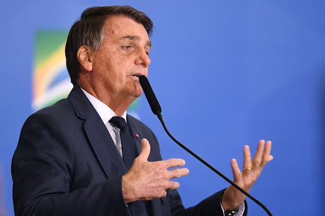 Lei de Segurança Nacional: Bolsonaro sanciona com vetos projeto que revoga a Lei